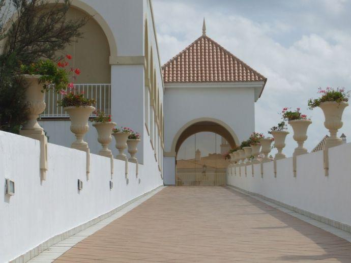 RIU Chiclana, Weg vom Pool zur Lobby und zum Restaurant