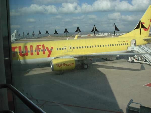 Flughafen Palma de Mallorca - Heimflug Tuifly Mai 2014