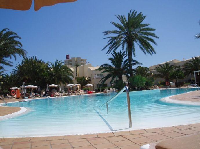 Riu Olivia Beach Resort - Pool - Nebengebäude
