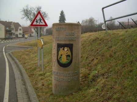 Pleisweiler-Oberhofen, Deutsche Weinstrasse
