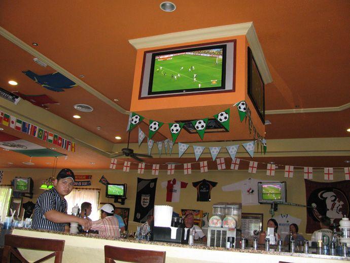RIU Tequila, Sports-Bar