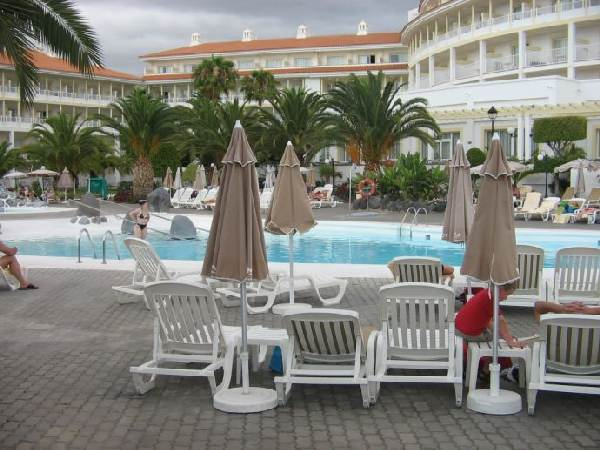 RIU Arecas, Poolbereich 1