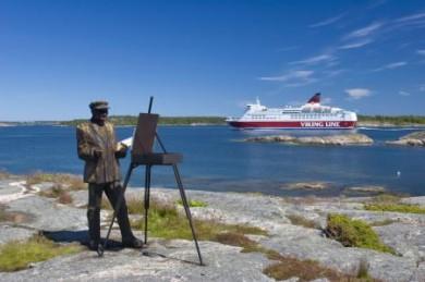 Auf der Route von Helsinki oder Turku nach Stockholm liegt auch das traumhafte Archipel der Åland-Inseln.