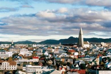 Ein Ort der Kultur, in dem es viele Festivals gibt, ist die isländische Hauptstadt Reykjavik - und ab Mai 2011 hat sie mit der neuen Harpa-Konzerthalle einen weiteren Anziehungspunkt zu bieten.