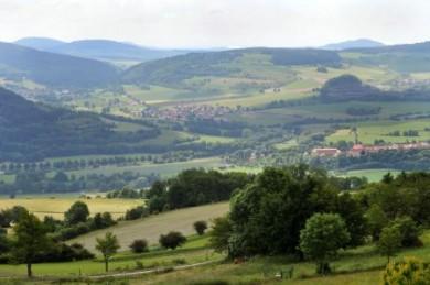 Landauf, landab zeigt sich die Rhön von ihrer abwechslungsreichen Seite.