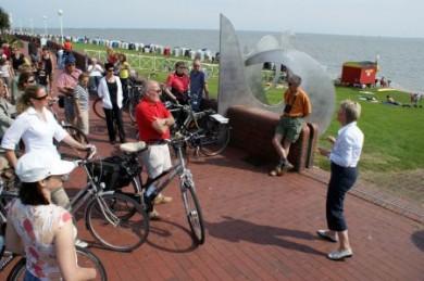 Radtouren am Deich der Nordsee